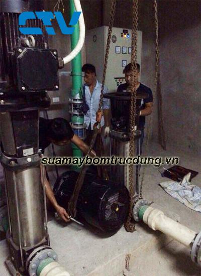 Sửa máy bơm trục đứng Sealand chạy không lên nước